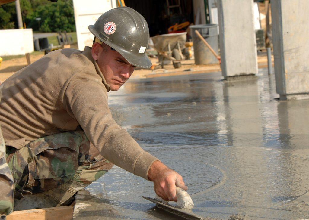Środek do usuwania zaschniętego betonu